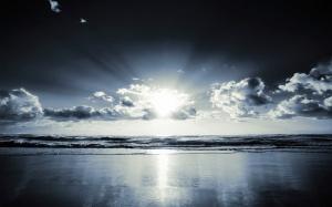 Sun-Light-Beach-Wallpaper-Picture-871